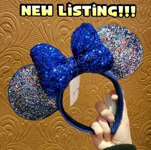 DISNEY PARKS BLUE 2020 NEW YEARS HEADBAND EARS